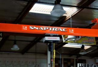 Snaptrac - Overhead crane description from Wikipedia - Kundel Inc